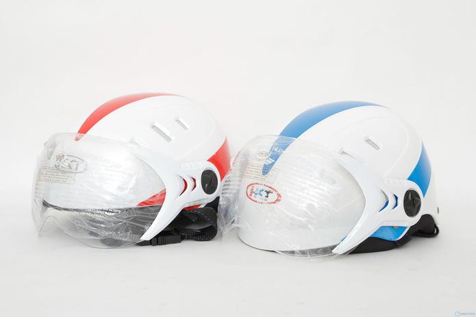 Mũ bảo hiểm 6 lỗ có kính chăn HKT - 1