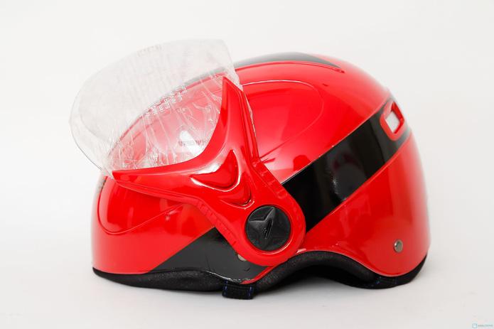 Mũ bảo hiểm 6 lỗ có kính chăn HKT - 3