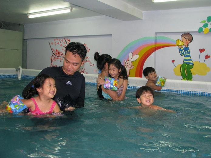 Cuối tuần bổ ích với khóa học bơi bể bơi nước nóng - 6