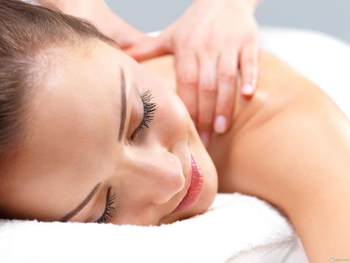 100 phút massage bấm huyệt + body vật lý trị liệu tại Thanh Vy Spa - 2
