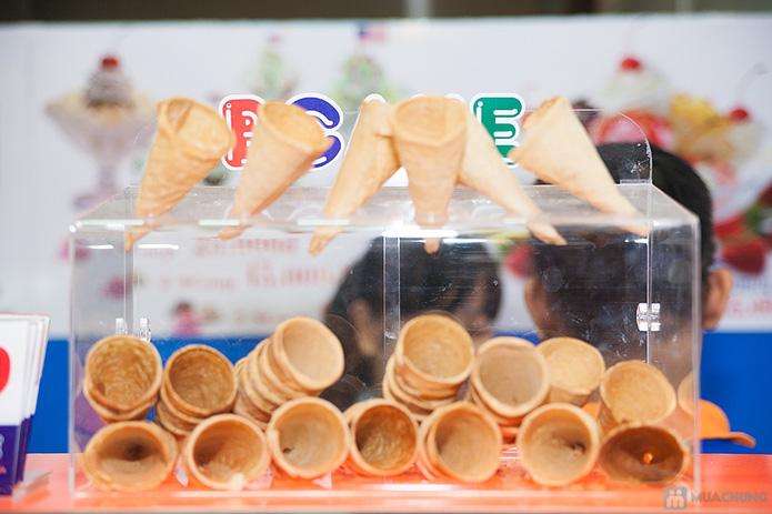 Lẩu kem tại cửa hàng bánh kem Bcake - 7