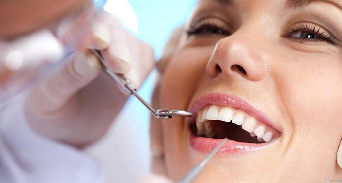 Tẩy trắng răng tại Nha khoa Đức - 1