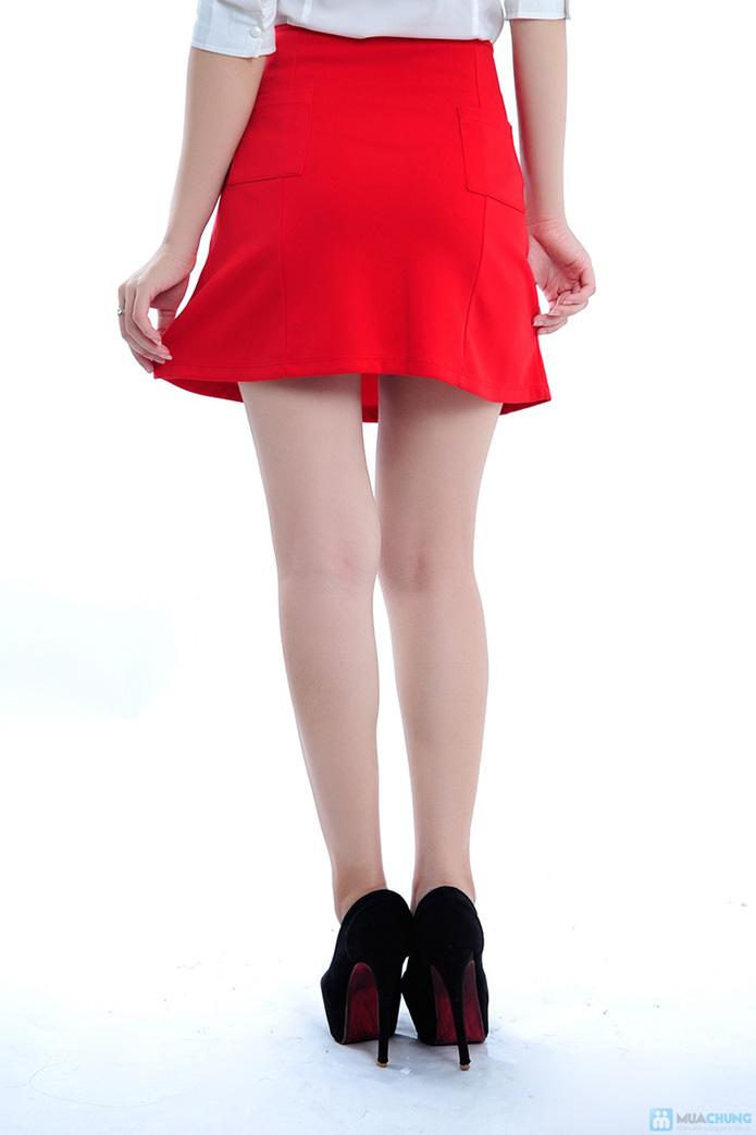 Chân váy màu đỏ hai túi - 5
