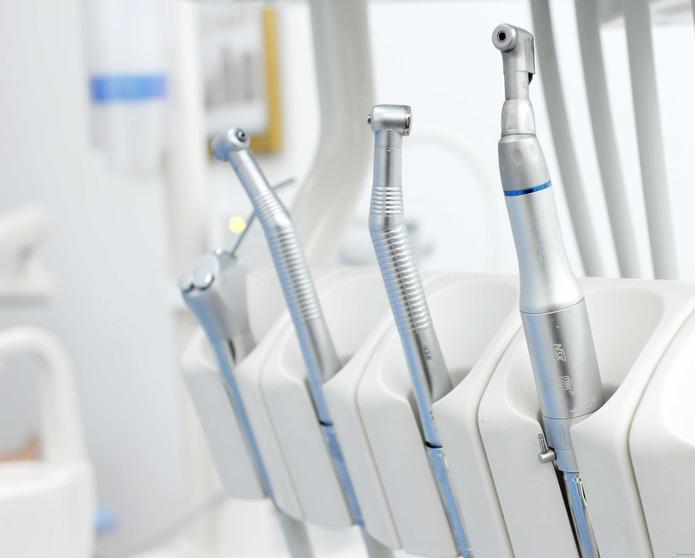 Hàn răng công nghệ cao tại Nha khoa Việt Nhật - 3