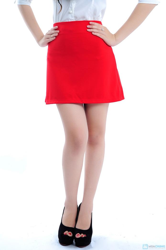 Chân váy màu đỏ hai túi - 4