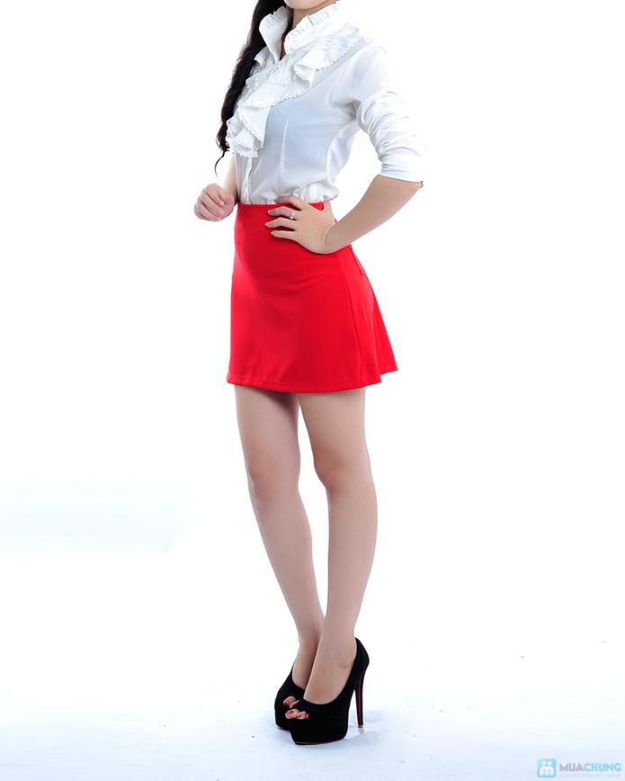 Chân váy màu đỏ hai túi - 3