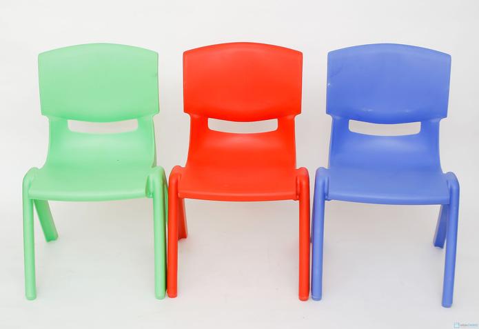 ghế nhựa đúc tiện dụng  cho bé - 4