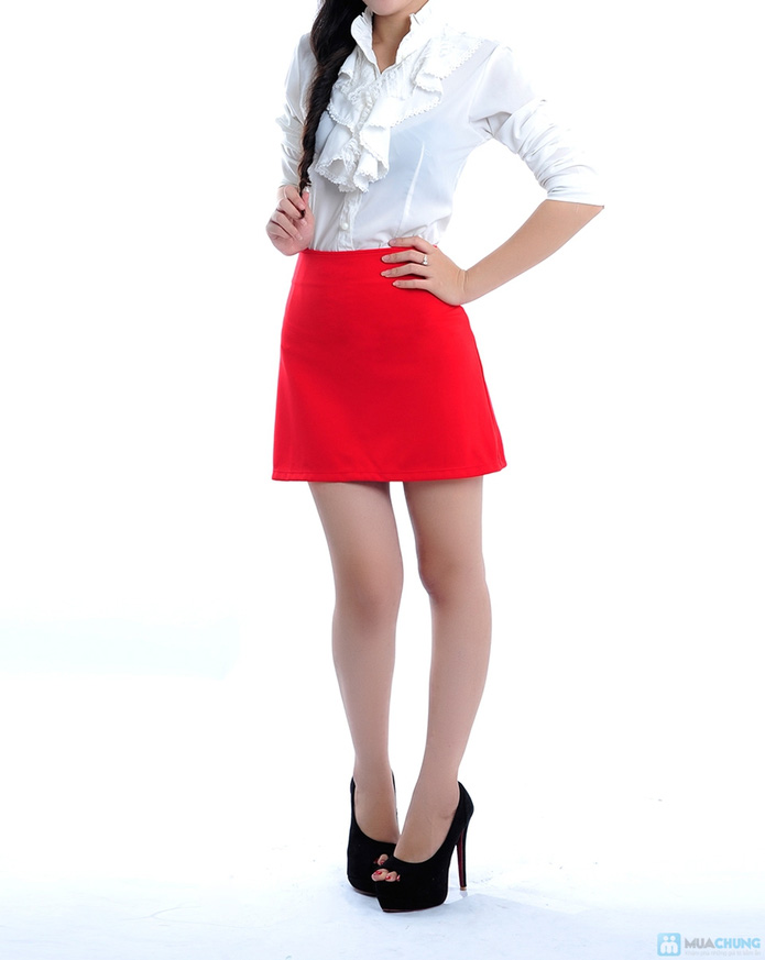 Chân váy màu đỏ hai túi - 2