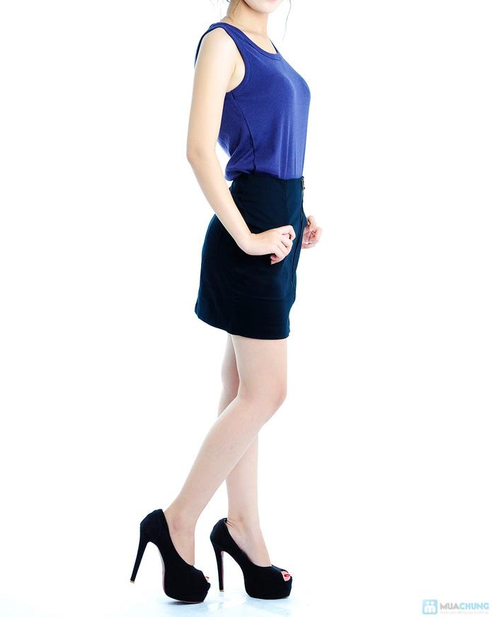 Chân váy đen - 4