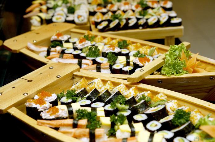 buffet lẩu bò Kendo tại royal city - 6