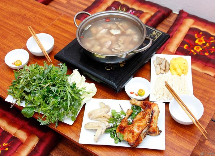 Set lẩu gà 02 người đặc biệt tại Nhà hàng Ấy.com.vn_ Chỉ với 135k ( Giá gốc 220k )
