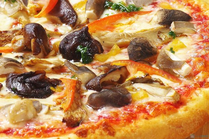 Thưởng thức Pizza Ý hết sẩy tại Pizza Rex - 7