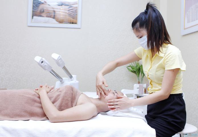 Sạch mụn, se khít lỗ chân lông VitaminC + Oxy tươi nguyên chất tạiThủy Nguyễn Spa - 24