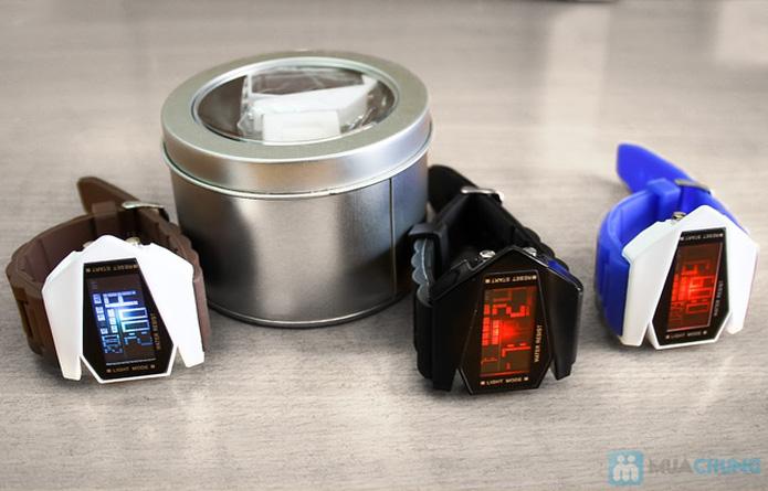 Đồng hồ nam có đèn led kiểu dáng phi thuyền - 1