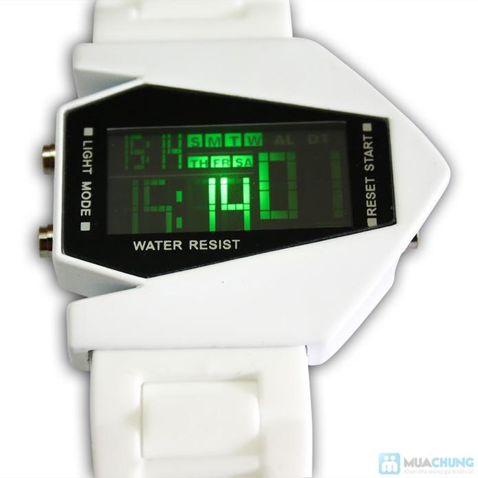 Đồng hồ nam có đèn led kiểu dáng phi thuyền - 3