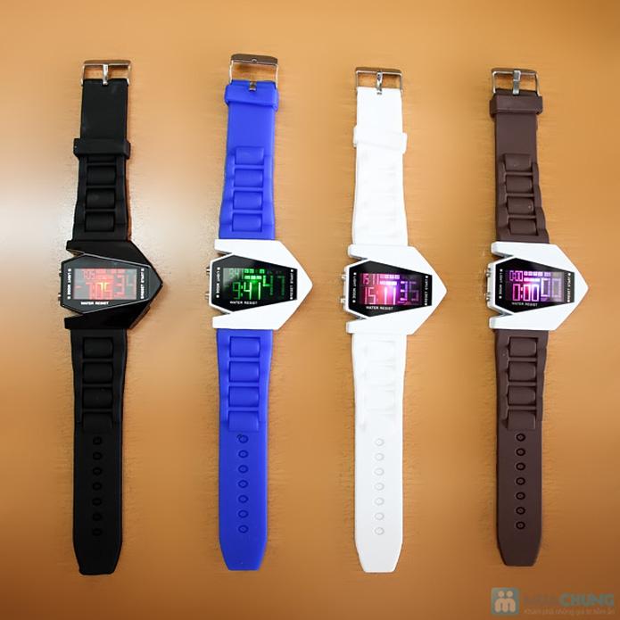 Đồng hồ nam có đèn led kiểu dáng phi thuyền - 2