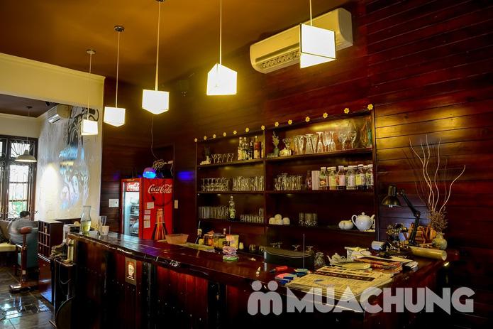 Pizza Hawaii + gà đúc lò / mì Ý gà sốt Pesto + sinh tố + mocktail dành cho 2 người tại Feliz Cafe - 16