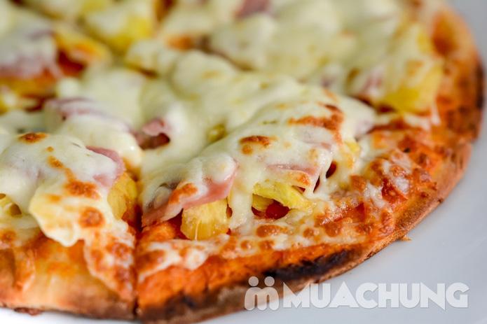 Pizza Hawaii + gà đúc lò / mì Ý gà sốt Pesto + sinh tố + mocktail dành cho 2 người tại Feliz Cafe - 6