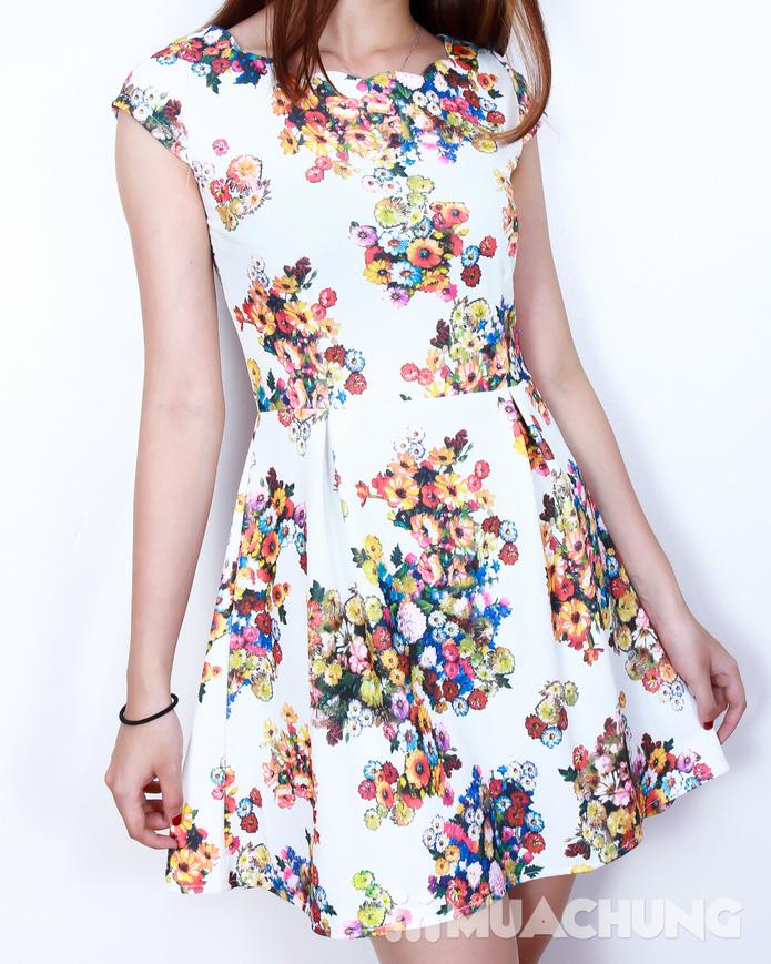 Váy xòe hoa điệu đà - 12