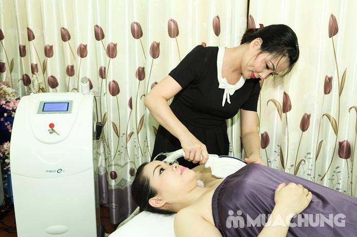 Chăm sóc da mặt và điều trị mụn cám, se nhỏ lỗ chân lông bằng sản phẩm Dermalogical tại Spa Hương Giang - 7