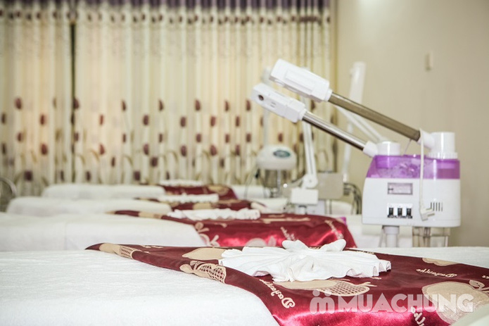 Chăm sóc da mặt và điều trị mụn cám, se nhỏ lỗ chân lông bằng sản phẩm Dermalogical tại Spa Hương Giang - 31