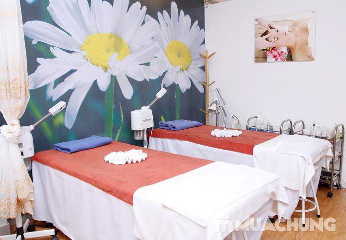 Đặc trị mụn, se khít lỗ chân lông, mờ vết thâm sau mụn tại HM Beauty Clinic - 11