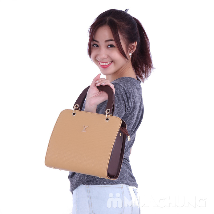 Túi xách kiểu dáng LV - 5