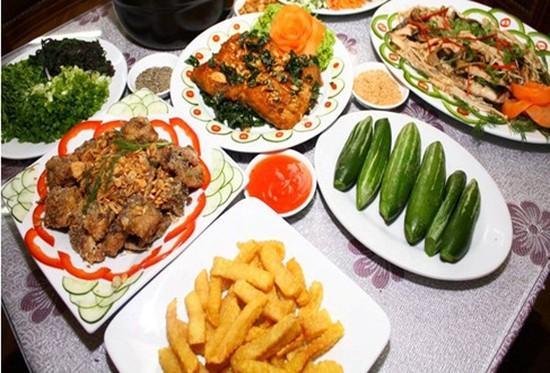 Thưởng thức ĐẶC SẢN CAO CẤP Cá tầm tại Nhà hàng Giang Anh - Set ăn hấp dẫn dành cho 03-04 người chỉ với 420.000đ