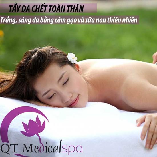 Tẩy da chết + trắng sáng bằng cám gạo và sữa non tại QT Medical Spa