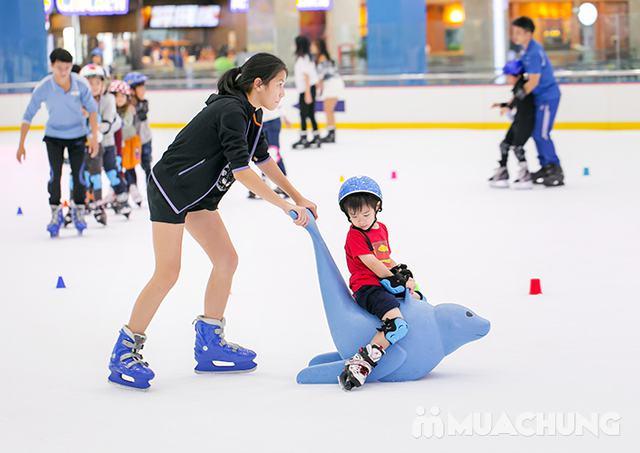 Vé trượt băng người lớn tại sân trượt Vincom - 19
