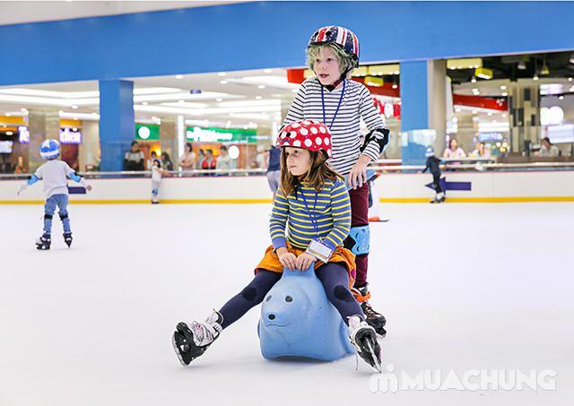 Vé trượt băng người lớn tại sân trượt Vincom - 18