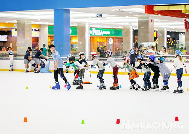 Vé trượt băng người lớn tại sân trượt Vincom - 20