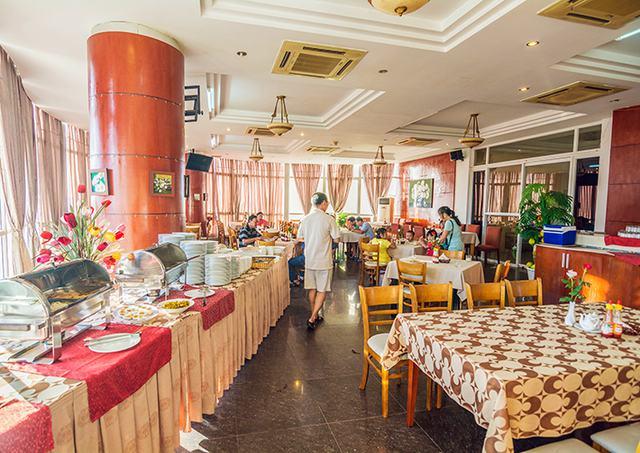 Spring Hotel Vũng Tàu 3* - Gần biển + hồ bơi + ăn sáng cho 2 khách  - 6