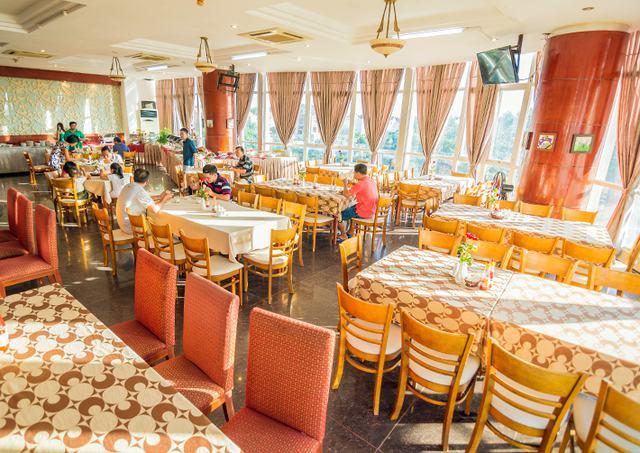 Spring Hotel Vũng Tàu 3* - Gần biển + hồ bơi + ăn sáng cho 2 khách  - 5