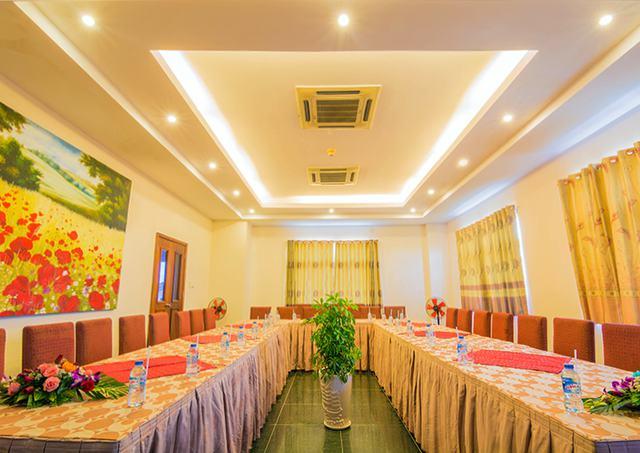 Spring Hotel Vũng Tàu 3* - Gần biển + hồ bơi + ăn sáng cho 2 khách  - 9