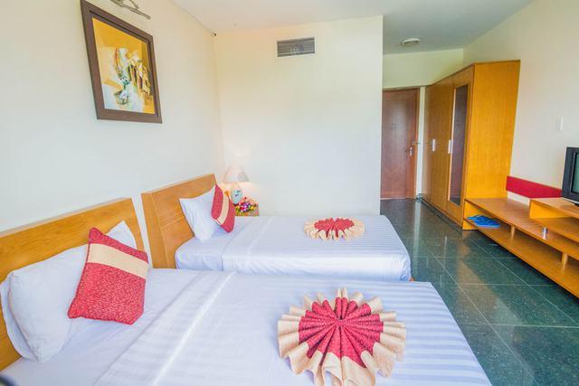 Spring Hotel Vũng Tàu 3* - Gần biển + hồ bơi + ăn sáng cho 2 khách  - 1