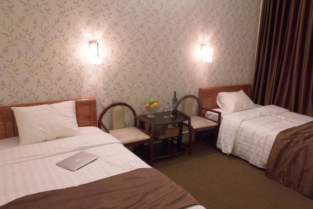 Saigon Airport Hotel - Cách sân bay Tân Sơn Nhất 850m - 3