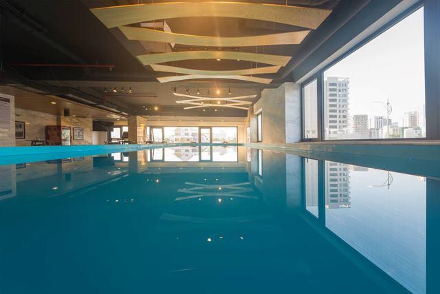 White Sand Boutique Hotel 3,5 * Đà Nẵng -  3 phút đi bộ tới biển Mỹ Khê + có hồ bơi rộng - 7