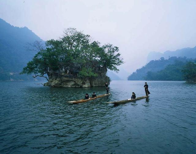 Hồ Ba Bể - Động Hua Mạ - Thác Tát Mạ 2 ngày 1 đêm - 7