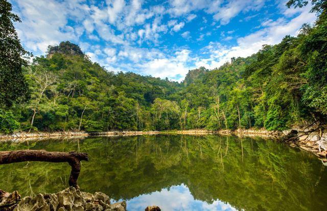 Hồ Ba Bể - Động Hua Mạ - Thác Tát Mạ 2 ngày 1 đêm - 1