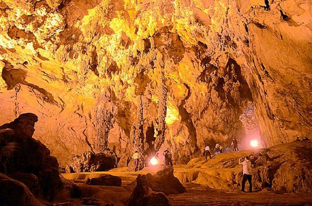 Hồ Ba Bể - Động Hua Mạ - Thác Tát Mạ 2 ngày 1 đêm - 10