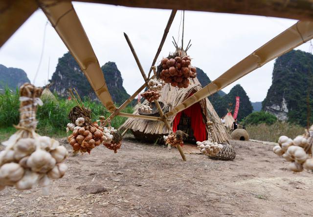 Bái Đính - Tràng An - ngôi làng KONG bí ẩn 1 ngày - 17