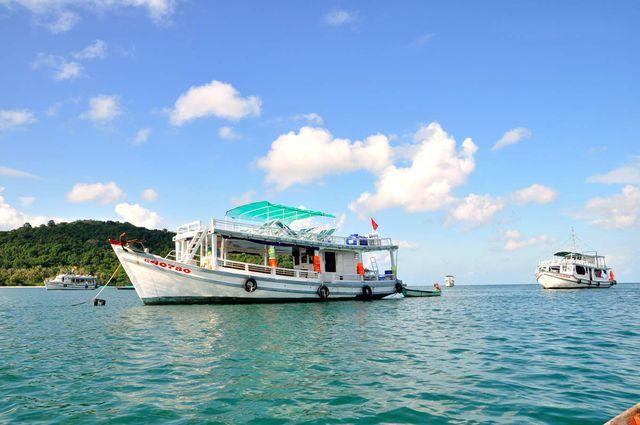 Câu cá -Lặn Bình khí - Khám phá Nam Đảo Phú Quốc 1 Ngày - 4
