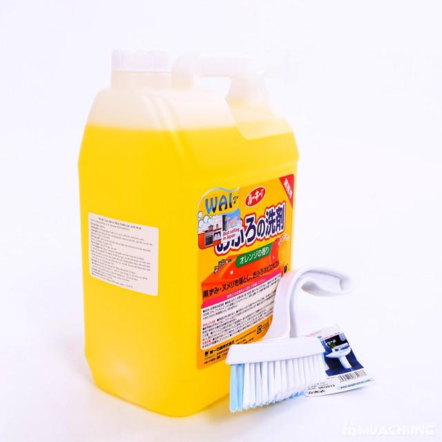 Nước tẩy rửa nhà tắm, lau sàn Wai 4L tặng bàn chải - 12