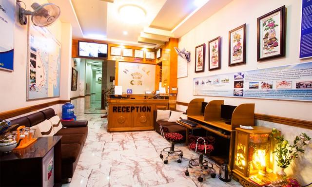 Khách sạn CR 2* Nha Trang 3Đ2N - Ngay trung tâm khu phố Tây - 1