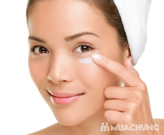 Xóa nhăn, trị thâm, đánh tan bọng mắt công nghệ V8 - Derma Laser Clinics với công nghệ V8, serum và collagen - 2