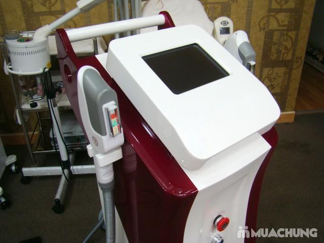 Trị mụn chuyên sâu bằng công nghệ New E-Light Derma Laser Clinics cho bạn làn da sạch mịn, mịn màng - 8