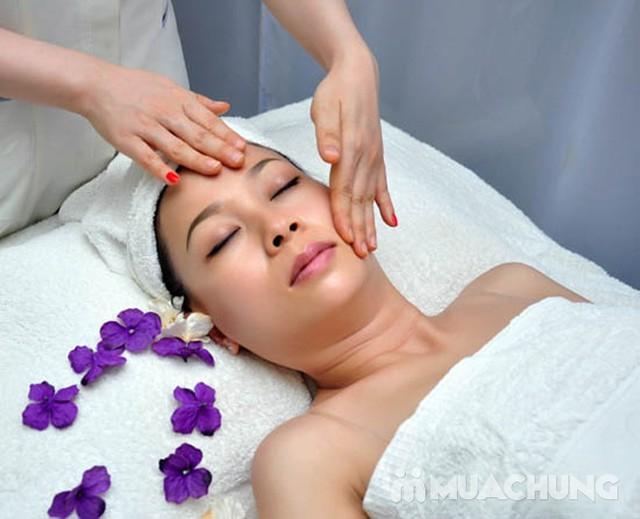 Trị mụn chuyên sâu bằng công nghệ New E-Light Derma Laser Clinics cho bạn làn da sạch mịn, mịn màng - 4