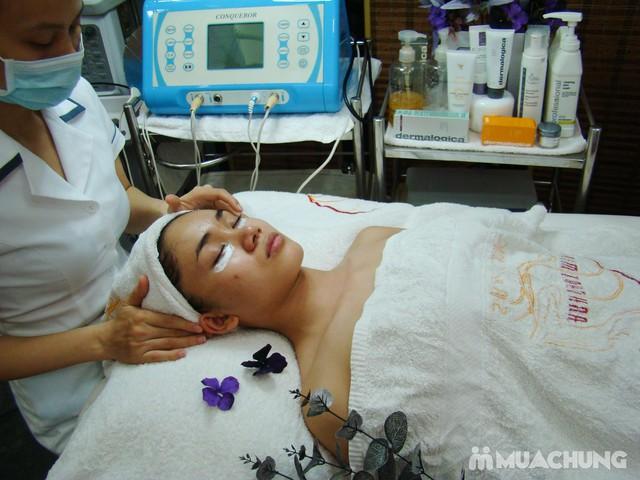 Xóa nhăn, trị thâm, đánh tan bọng mắt công nghệ V4 - Derma Laser Clinics với công nghệ V8, serum và collagen - 2