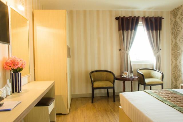 Lafelix Hotel 3 sao Sài Gòn - Cạnh công viên 23/09, Trung tâm Q.1 - 12
